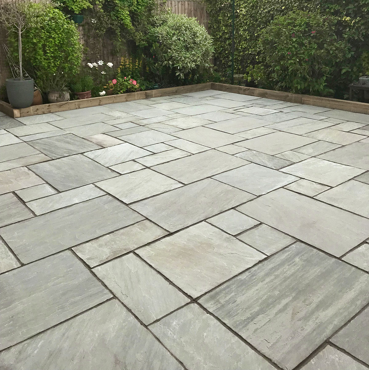 Kandla Grey Patio Kit NEW SITE READY]